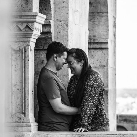 Romantikus esküvői jegyes fotózás a Budai Várban
