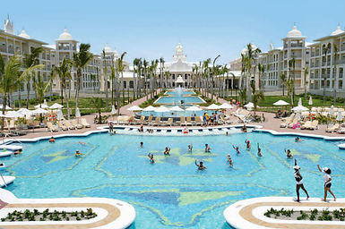 Riu Hotels, all inclusive honeymoon, all inclusive resort, honeymoon package, all inclusive honeymoon package