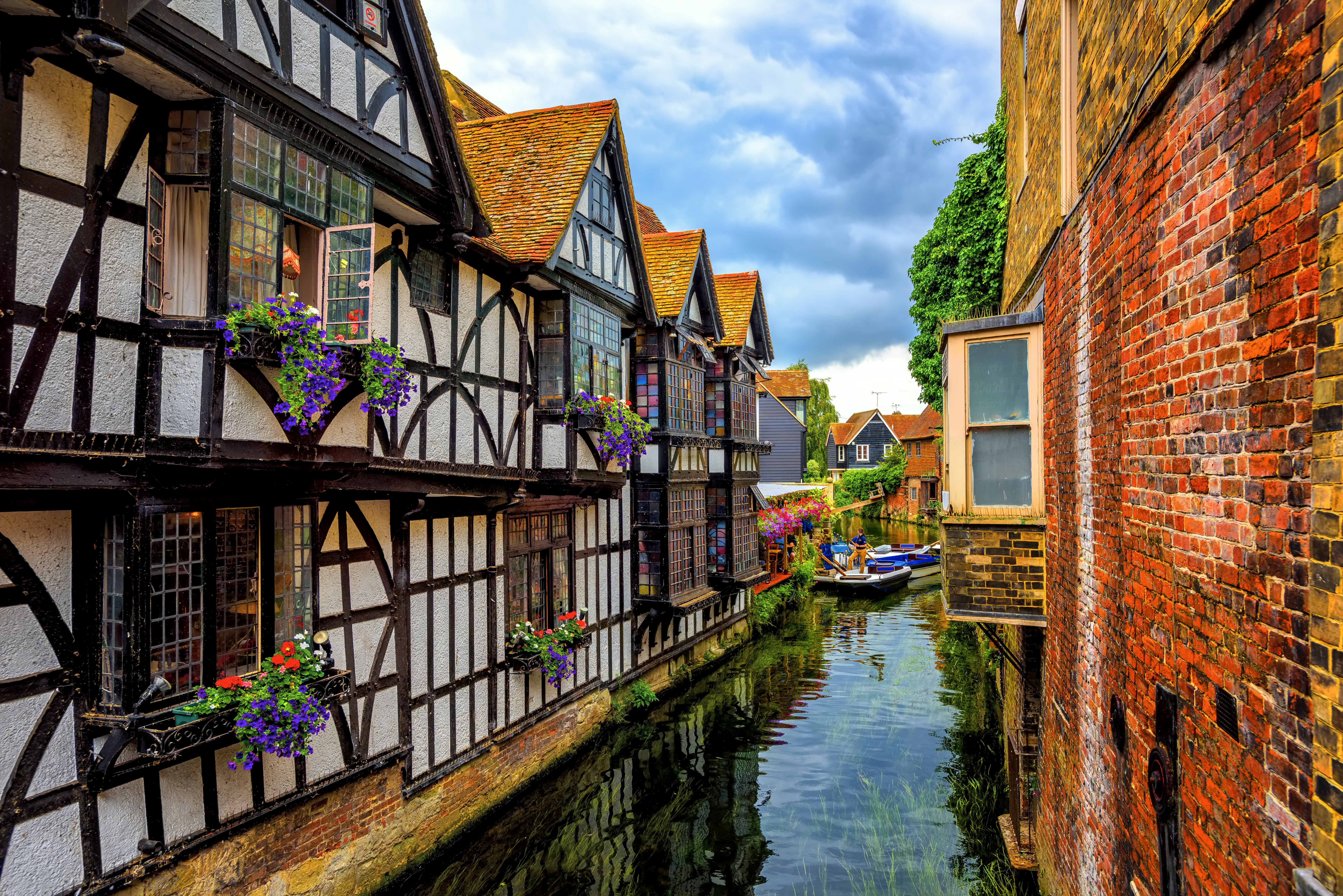 Medieval half-timber houses and Stour ri