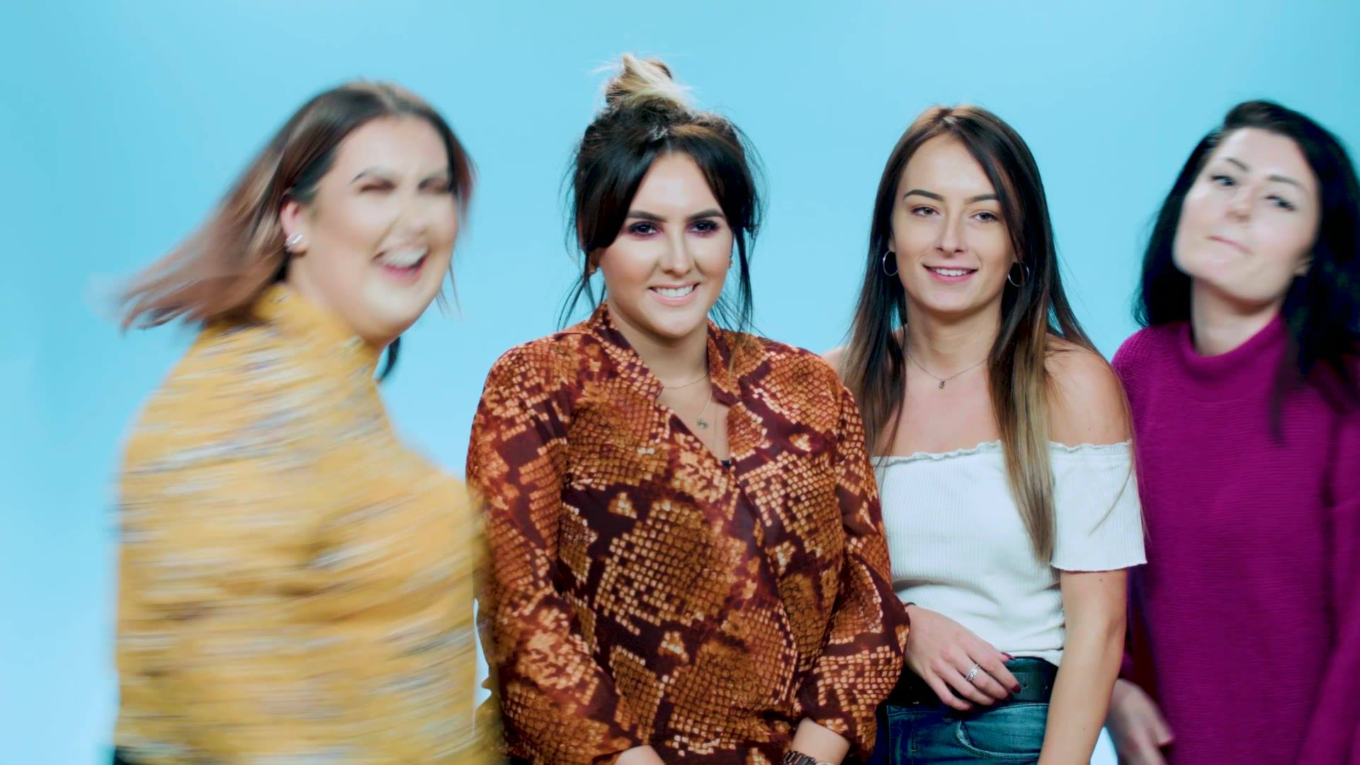 HERE THEY ARE!! Meet Nadine, Shannon, Beth & Samantha – our new vloggers! 🙌😍  Our fantastic four will be bringing you everything from their favourite savvy buys to top make up tips!  Stay tuned to see Shannon's vlog next week! 😁