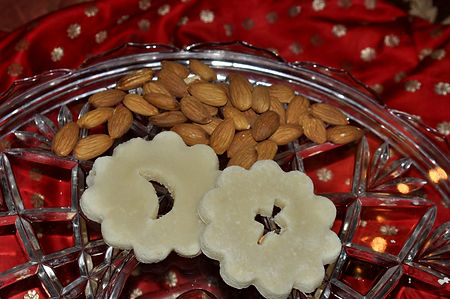badam ki jali, badaam ki jaali, hyderabadi sweet, pakistani wedding, almond mithai, mithai favor, indian sweet favor, shaadi mithai, shaadi houston, indian party favor
