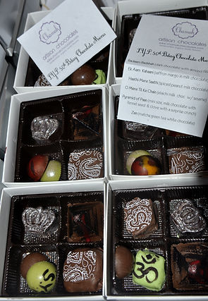 chocolate favor box, indian chocolates wedding, indian favor box, indian sweet box, wedding favor houston, party favor houston, party favor chocolates, favor boxes,