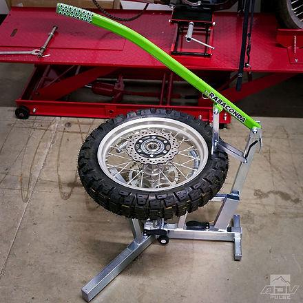 Rabaconda-tire-changer-3.jpg