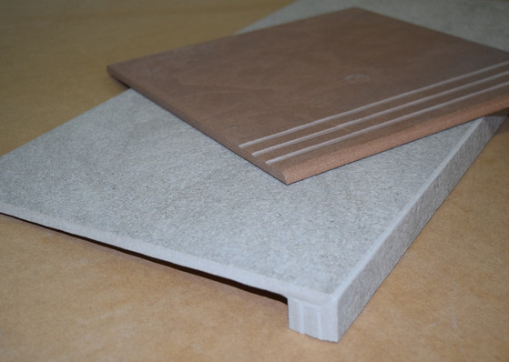 Bullnose and pencil edge with step thread