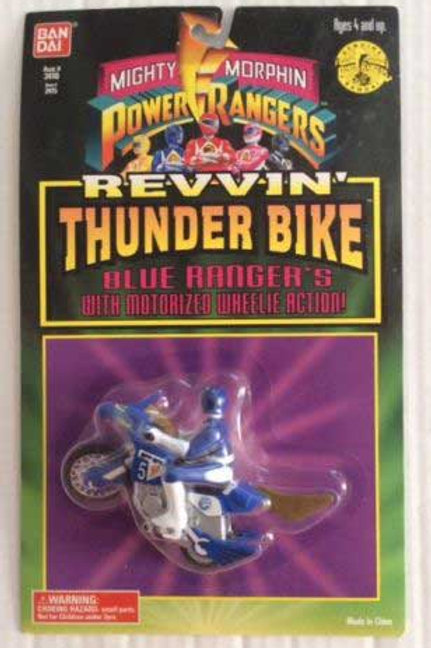 Mighty Morphin Power Rangers Blue Ranger's Revvin' Thunder Bike