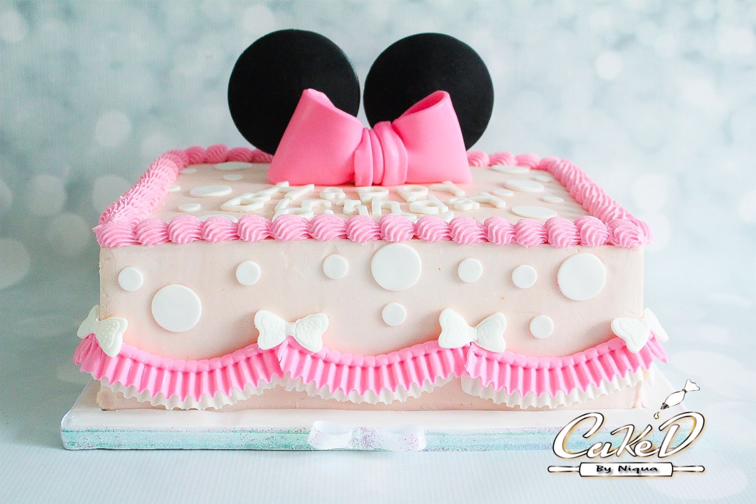 Minnie Mouse Sheet Cake