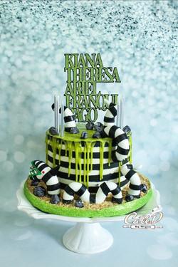 Beetlejuice Sandworm Cake