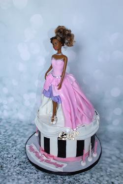 Barbie Fashion Cake