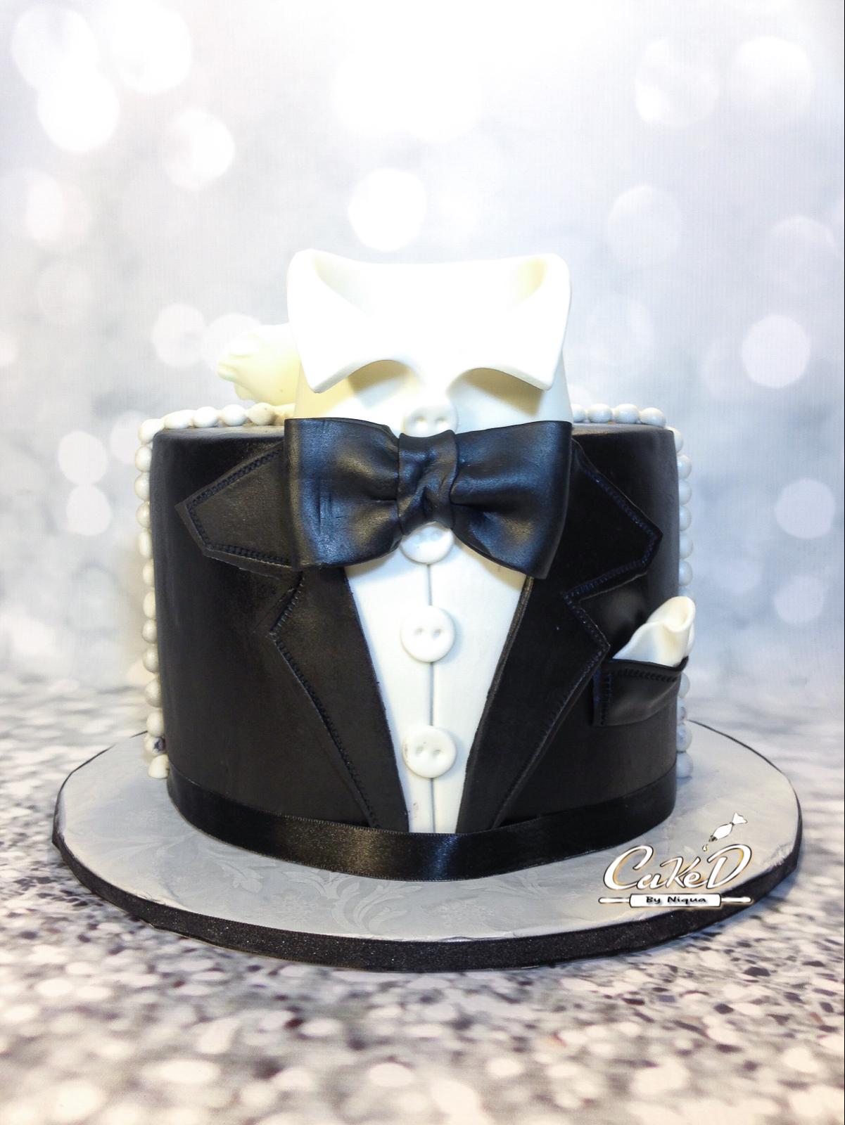 Tuxedo Groom's Cake