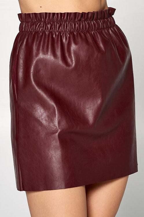 Falda cuero vino tinto