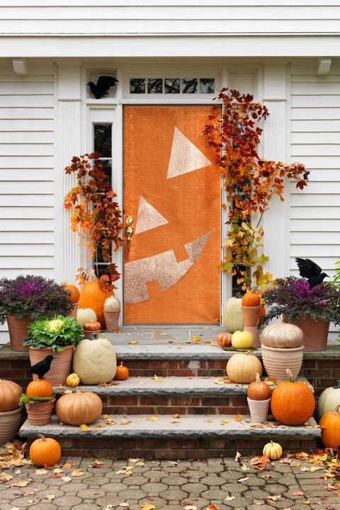 halloween-door-decorations-jack-o-lanter