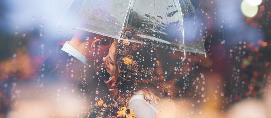 Und was wenn es regnet? 5 Tipps, damit Eure Hochzeit nicht ins Wasser fällt