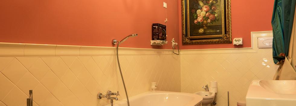 Bathroom in Italian villa