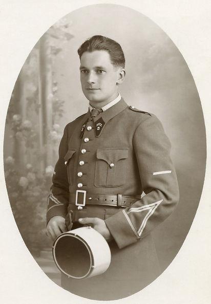 André Devaux Brigadier chef au 5e RCA (1939), source archives familiales