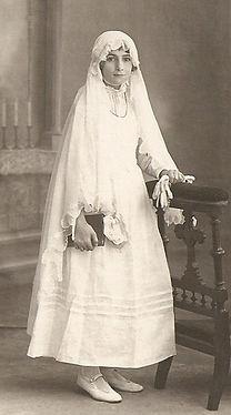 Marcelle Vidal communiante (1924), source archives familiales