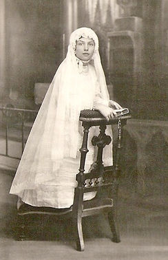 Odette Vidal communiante (1926), source archives familiales