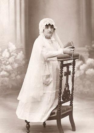 Josinae Vidal communiante (1933), source archives familiales