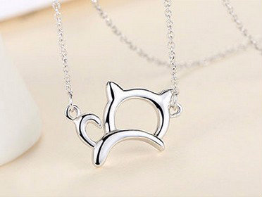 Stylized Wide Lucky Cat Silver Necklace