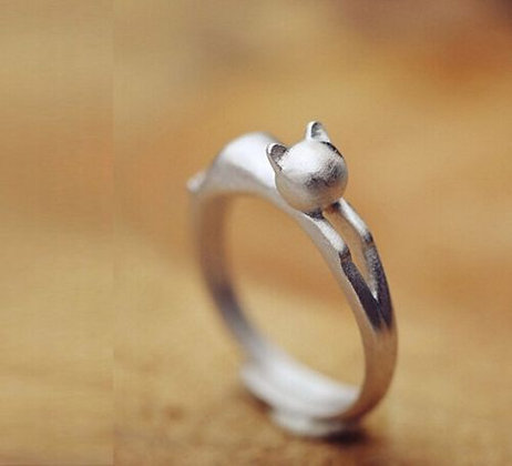 Brushed Sterling Silver Stretched Out Kitten Ring