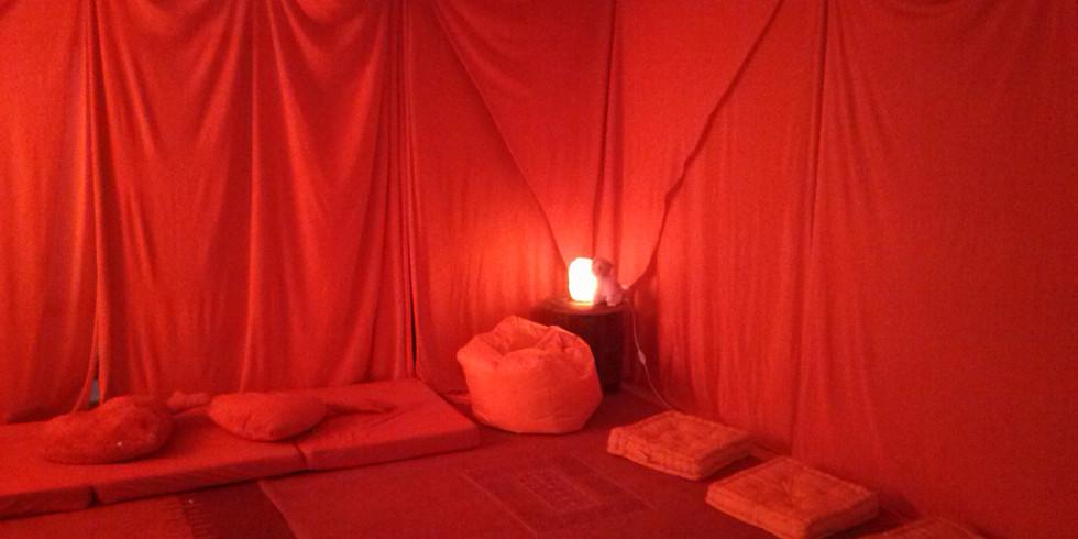 Rotes Zelt - weich sein, weiblich sein