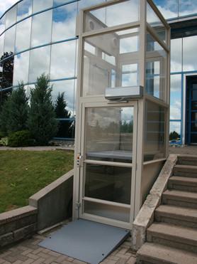 Wheelchair Lift2.jpg