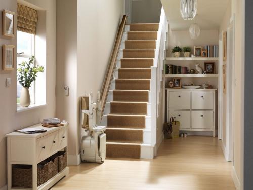 Stair Chair4.jpg