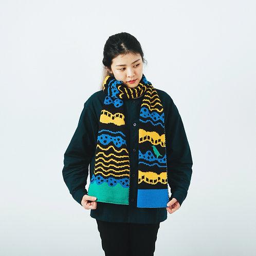 Wave Black Jacquard Knitted Scarf / Yu Square x inBlooom
