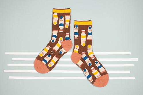Fingerpaint Unisex Crew Socks / Chestnut