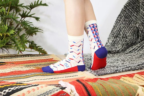 Zigzag Unisex Crew Socks / White