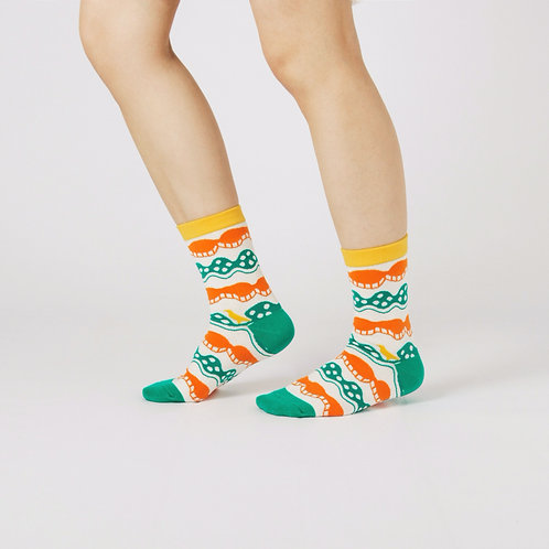 Wave Unisex Crew Socks / White / Yu Square x inBlooom