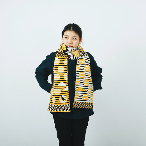 Striped Dots Black/Yellow Jacquard Knitted Scarf / Yu Square x inBlooom