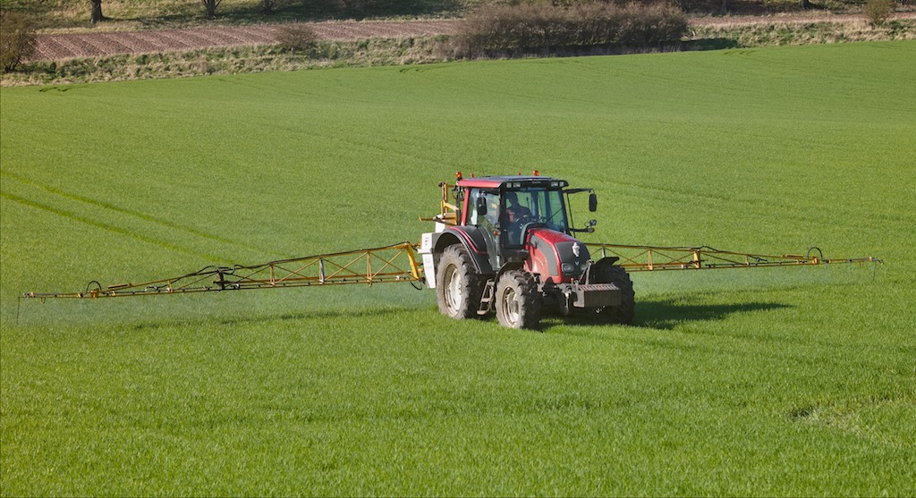 Spraying at Glencarse
