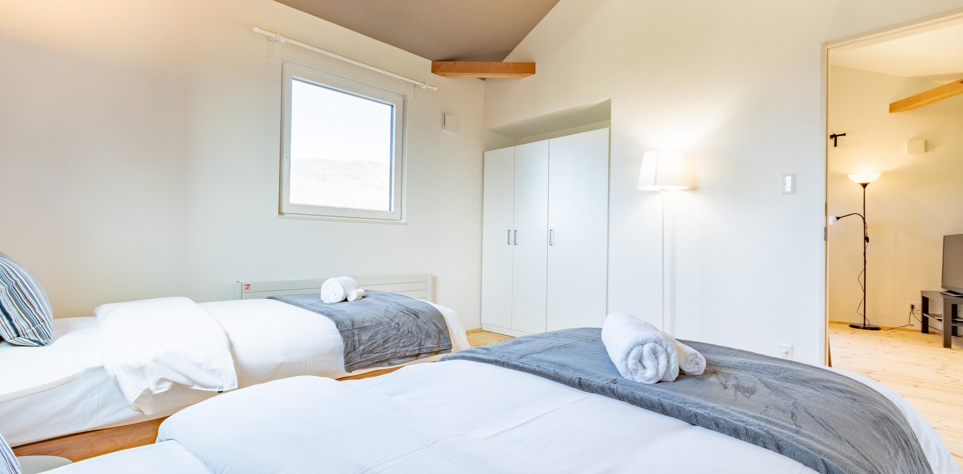 2F 寝室