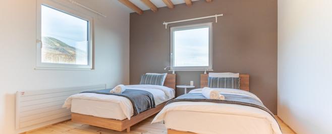 1F 寝室