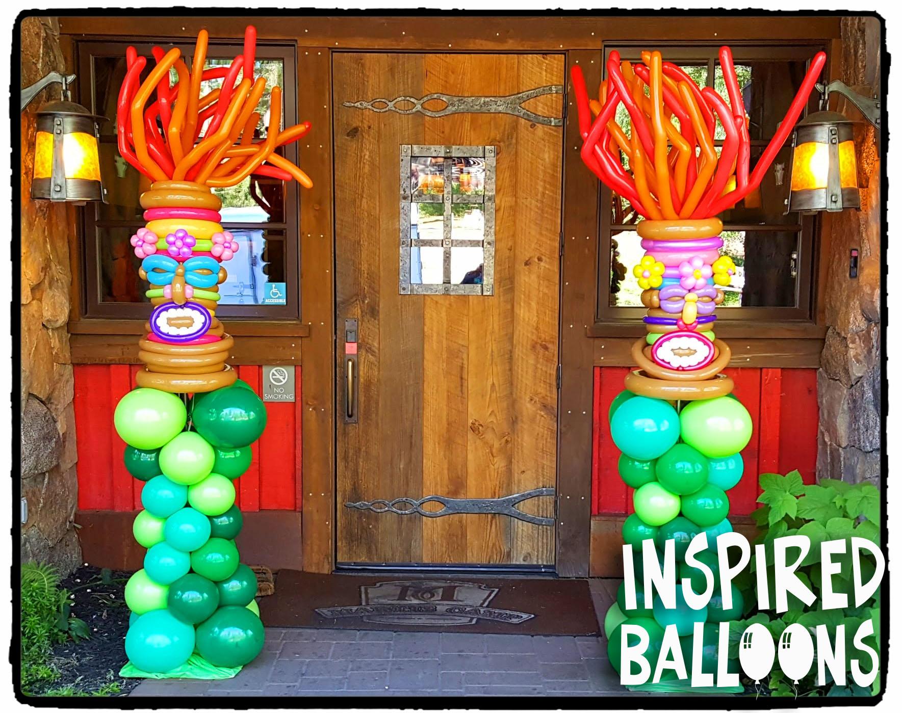 Tiki Balloon Columns