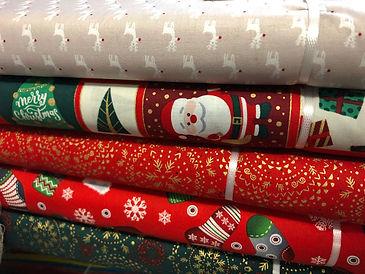 Weihnachtsstoffe aus Baumwolle
