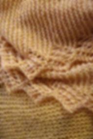 Gestrickter Pullover in Gelb aus der KomMode