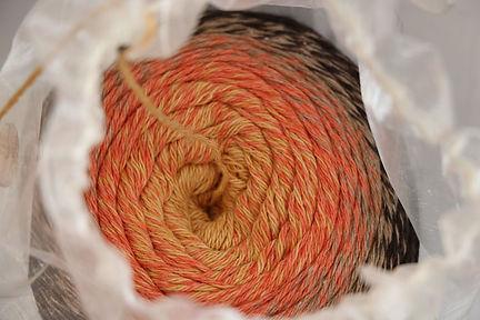 Bobble-Wolle zum Stricken aus der KomMode