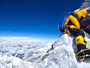 É para escalar? Então mire o Everest