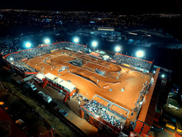 Contagem regressiva para o início do Arena Cross 2021 em Caraguatatuba (SP)