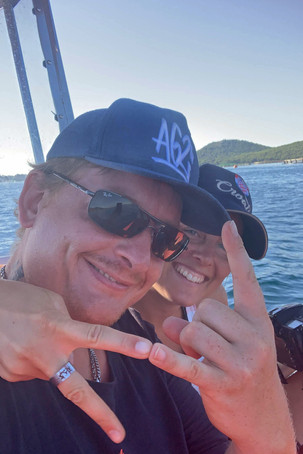 Aussteiger-Feeling Vanlifer auf Boot Kroatien