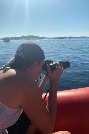 Fotografin auf Boot im Meer Kroatien