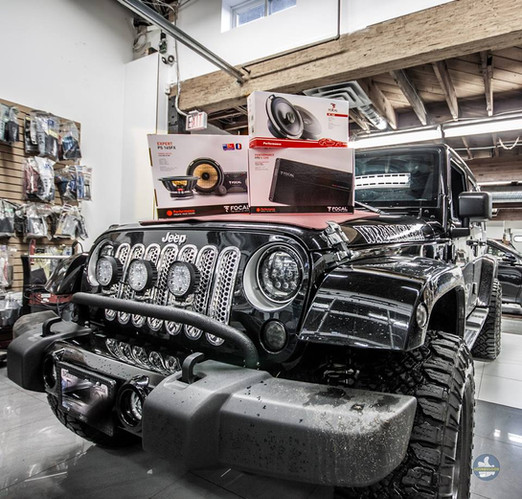 Jeep Wrangler audio packages near me