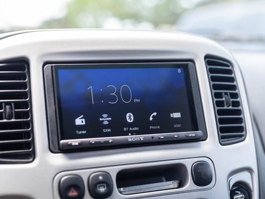 Retrofit Apple CarPlay