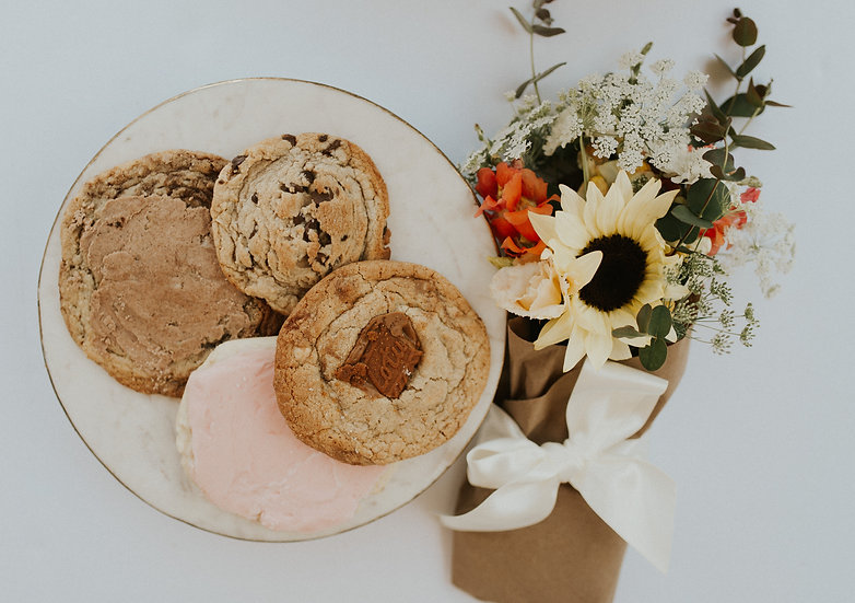 The Delightful: cookie bar collaboration