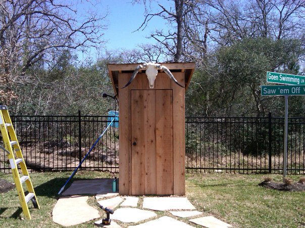 Outhouse w/ Aggie Decor