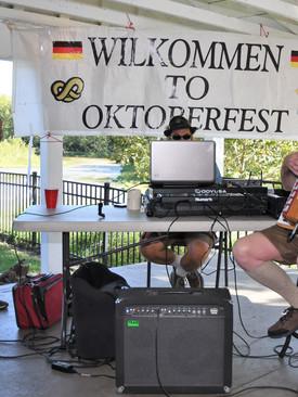 St. A Oktoberfest_09-26-2021_16-02-33_.jpg