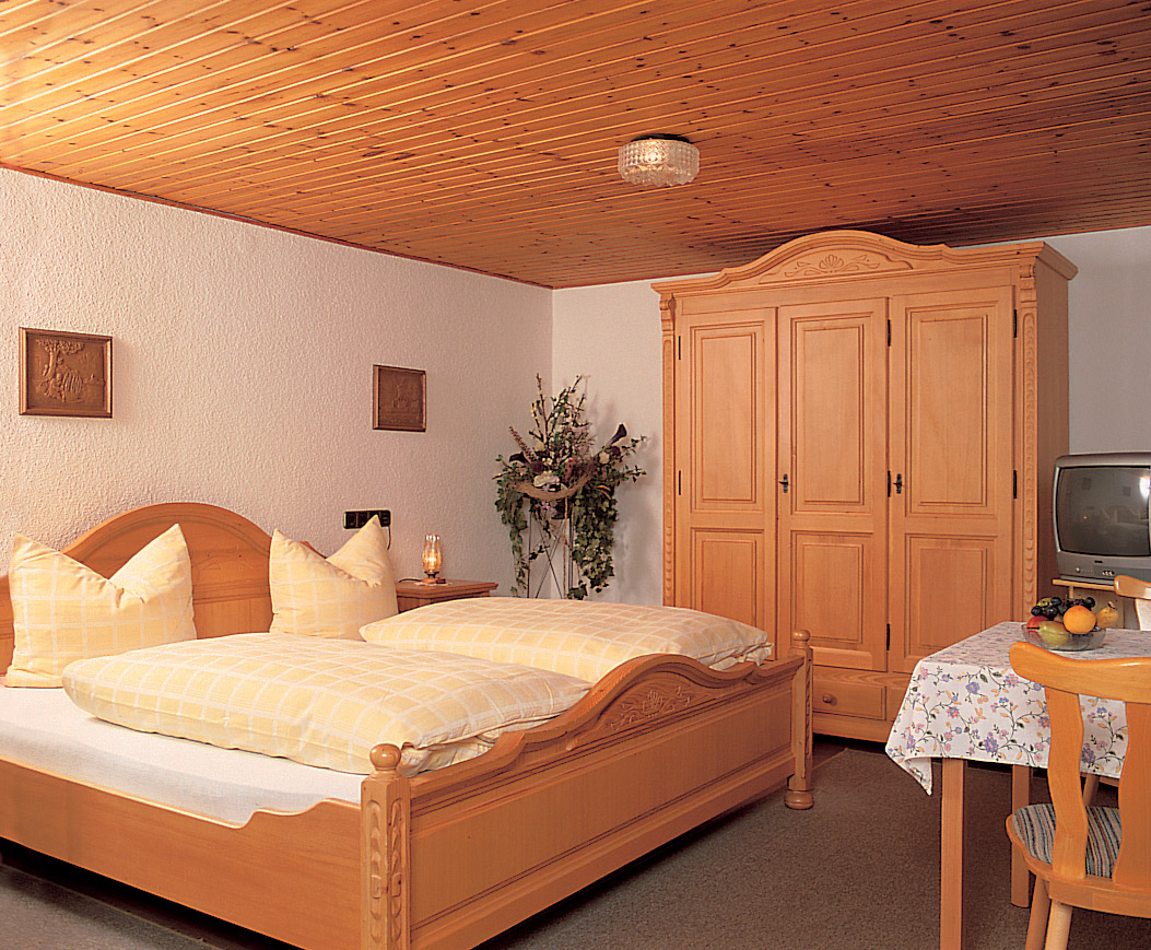 Gasthaus Pension Weber Rooms.jpg