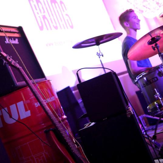 Double Drum's Garage !