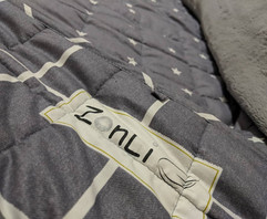 Zonli Weighted Blanket.jpg